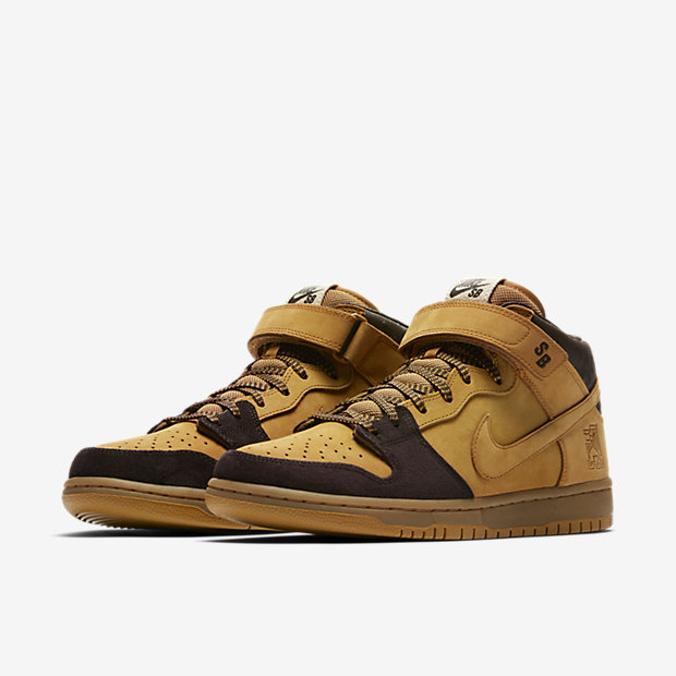sb-dunk-mid-pro-mens-skateboarding-shoe-Mm4GPj-4.jpg