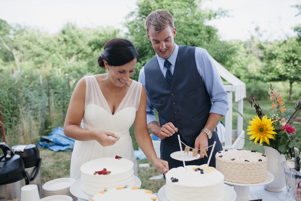 LFA_CAITLINCHRIS_backyard_cumberland_maine_wedding-018.jpg