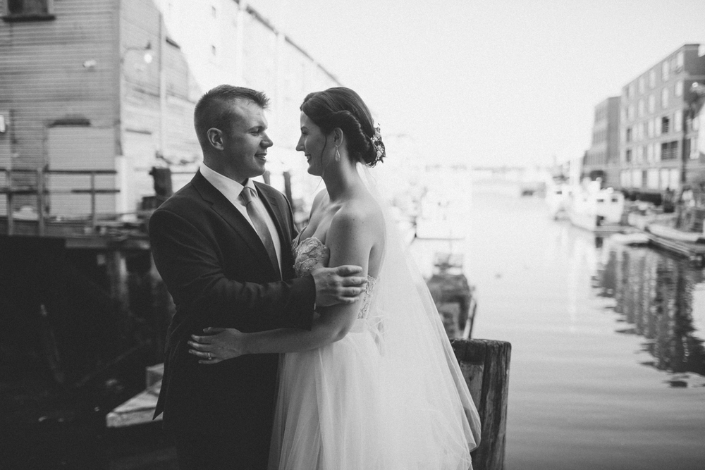 Jill_Matt_Mariners_church_wedding_portland_oldport_waterfront014.jpg