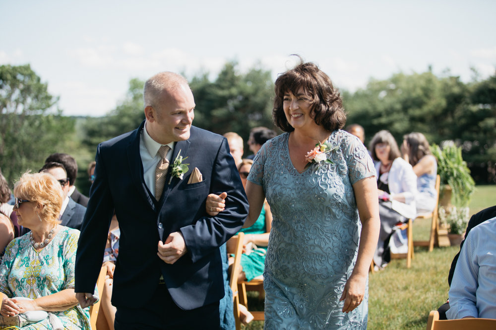 Sam_Joey_William_Allen_farm_barn_wedding_022.jpg