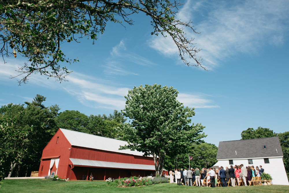 Sam_Joey_William_Allen_farm_barn_wedding_027.jpg