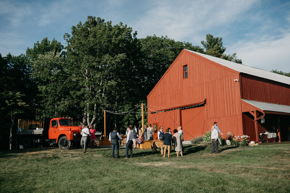 Jessie_Erik_Pownal_Maine_Wedding_William_allen_farm_031.jpg