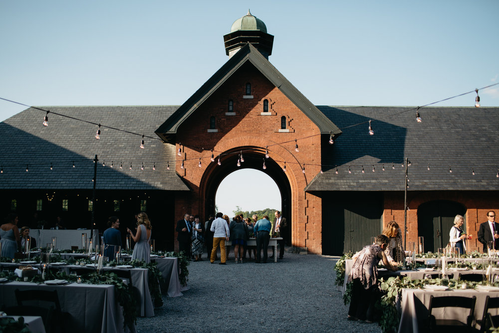 AlyssaErich_Shelburne_Farms_Coach_Barn_Wedding_Vermont_043.jpg