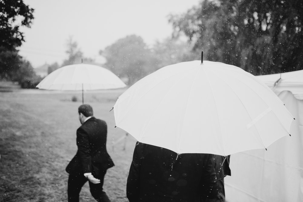 mari_luke_harpswell_Maine_rainy_backyard_wedding_017.jpg