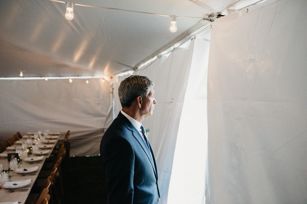 mari_luke_harpswell_Maine_rainy_backyard_wedding_018.jpg