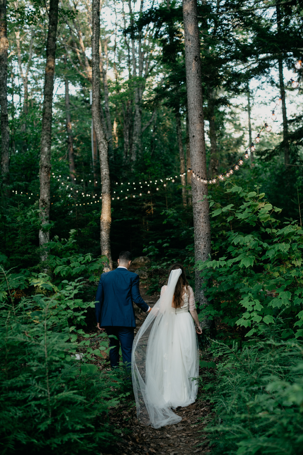 009_Branch_lake_wedding_maine_woodsy_Leah_Fisher.jpg