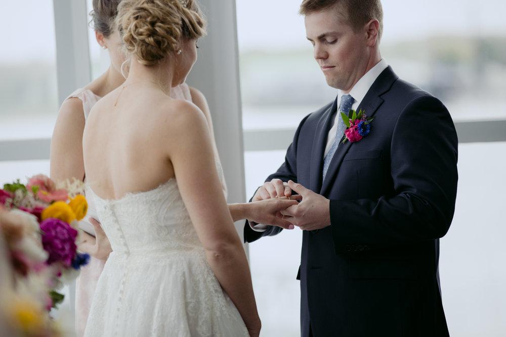 Kara_Jamie_Ocean_gateway_wedding_portland_maine_012.jpg