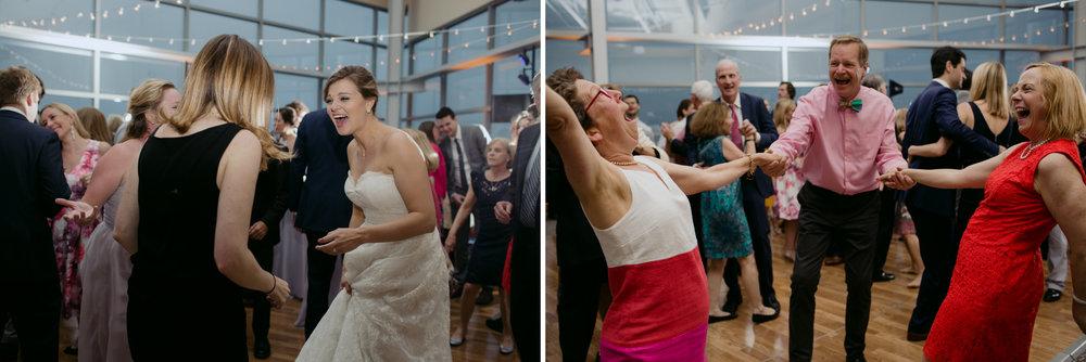Kara_Jamie_Ocean_gateway_wedding_portland_maine_027.jpg