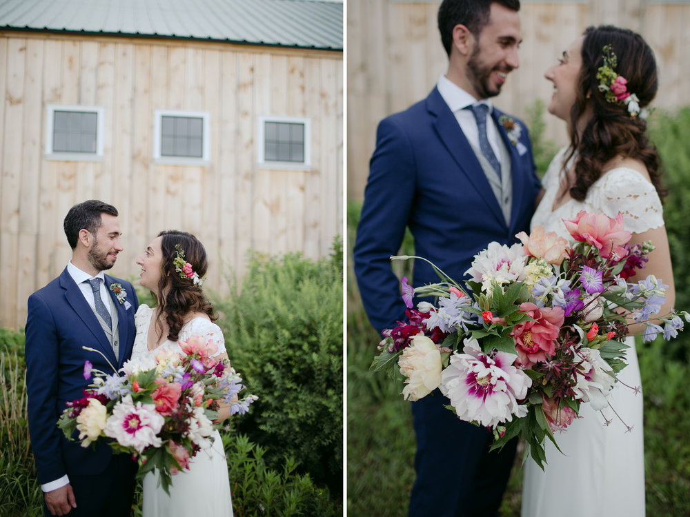 broadturn_flower_farm_wedding_scarborough_maine_barn_wedding010.jpg