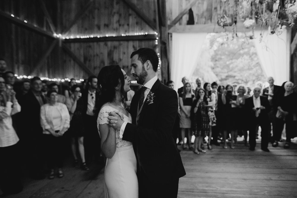 broadturn_flower_farm_wedding_scarborough_maine_barn_wedding045.jpg