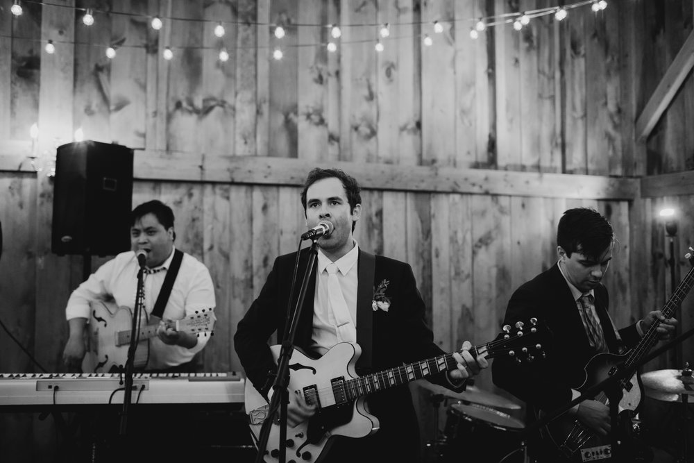 william_allen_farm_wedding_pownal_maine_ilkatayler-40.jpg