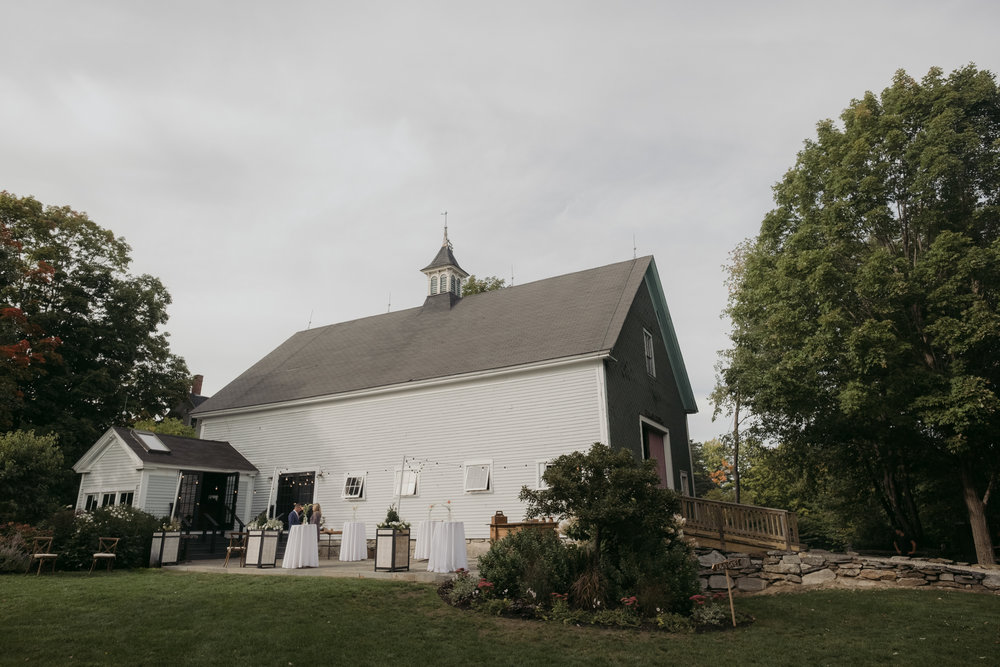 Barn_On_Walnut_Hill_North_Yarmouth_Maine_wedding_Leah_Fisher_Photographer-18.jpg