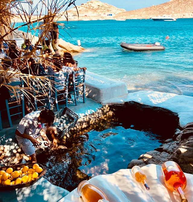 #spilia#beachrestaurant#nicespot#greece#mykonos 🇬🇷
