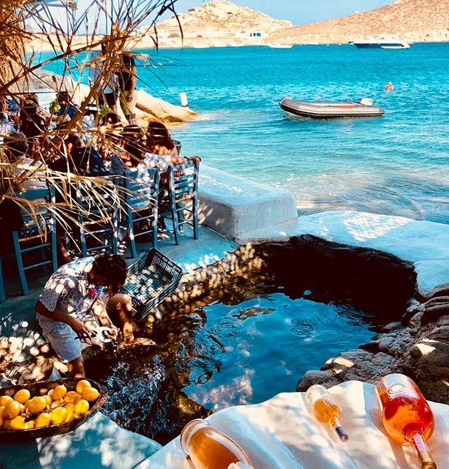 #spilia#beachrestaurant#nicespot#greece#mykonos 🇬🇷