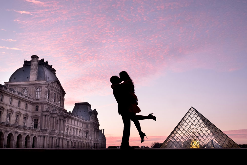 Paris-photographer-Paris-for-Two-Christian-Perona-engagement-love-pre-wedding-proposal-golden-hour-best-Louvre-museum-sunset-purple-kissing-silhouette.jpg