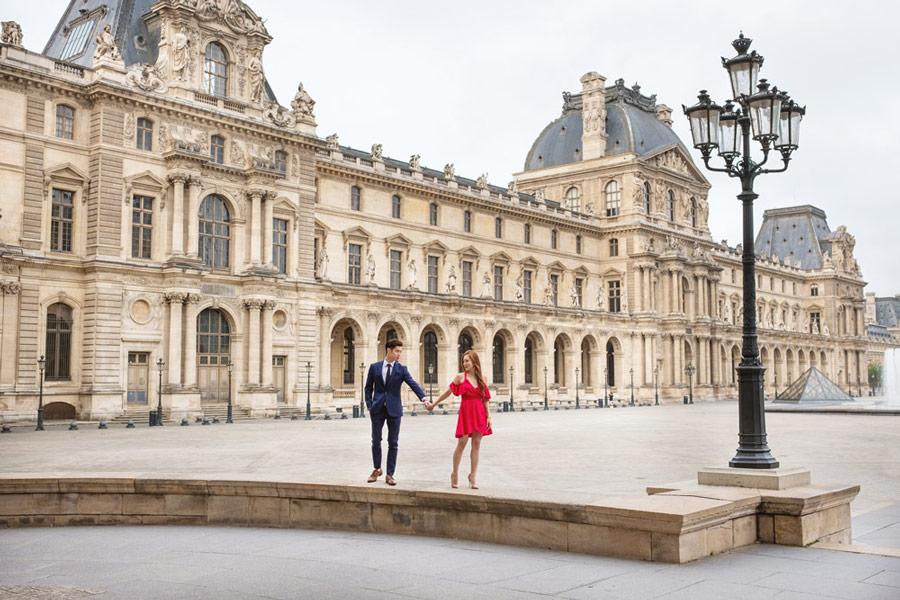 paris-photographer-paris-for-two-christian-perona-professional-engagement-proposal-pre-wedding-portrait-louvre-museum-pyramid-sunrise-red-dress-3.jpg