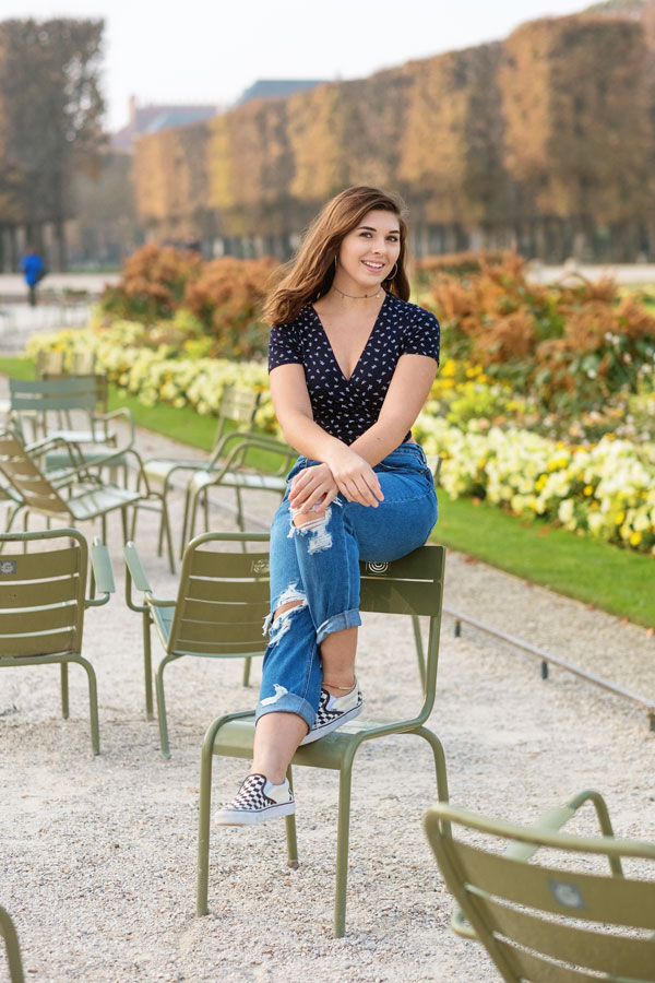 Paris-photographer-Paris-for-Two-Christian-Perona-engagement-love-pre-wedding-proposal-honeymoon-Luxembourg-garden-flowers-solo-4.jpg