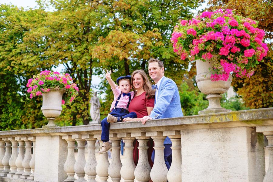 Paris-photographer-Paris-for-Two-Christian-Perona-engagement-love-pre-wedding-proposal-honeymoon-Luxembourg-garden-family-6.jpg