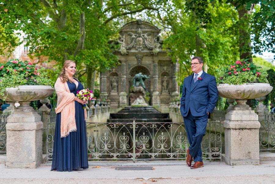 Paris-photographer-Paris-for-Two-Christian-Perona-engagement-love-pre-wedding-proposal-honeymoon-Luxembourg-garden-flowers-fountain-medicis.jpg