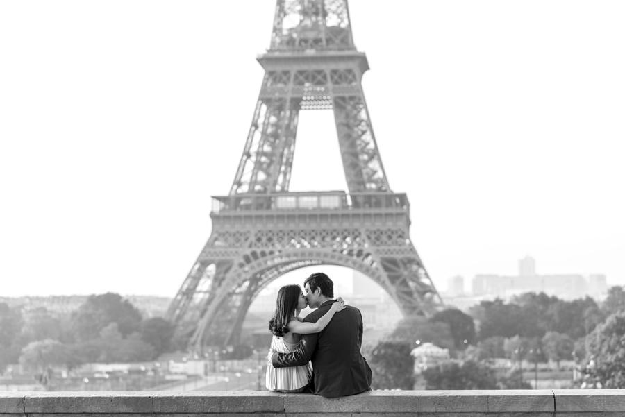 Photographer-Paris-Christian-Perona-proposal-engagement-Trocadero-sunrise-golden-hour-Eiffel-tower-she-said-yes-he-proposed-sitting-kissing.jpg