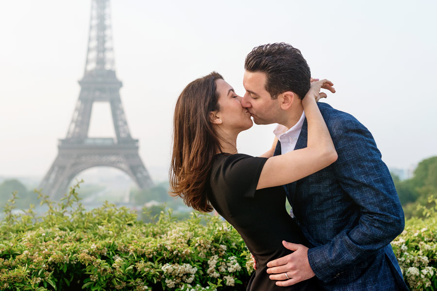 Paris-photographer-Paris-for-Two-Christian-Perona-professional-engagement-proposal-pre-wedding-portrait-Eiffel-tower-golden-hour-sunrise-Trocadero-kissing.jpg