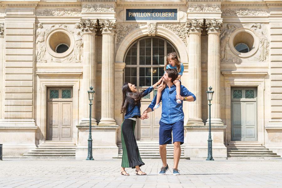 Paris-for-Two-Christian-Perona-Louvre-Museum-Musee-Paris-photographer-proposal-engagement-pre-wedding-honeymoon-love-romantic-family.jpg