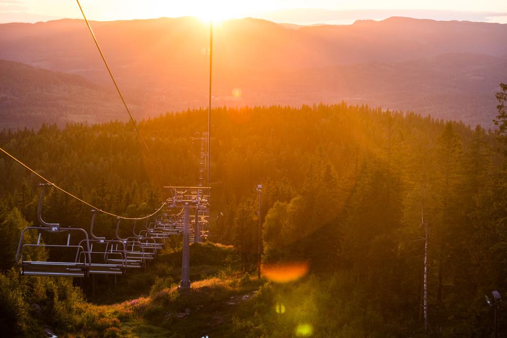 030815_fausko_oslo_tryvann_solnedgang-2.jpg