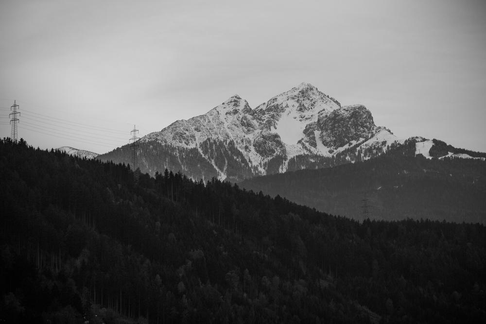 221015_fausko_innsbruck_frabalkongen_fjelllandskap_.jpg