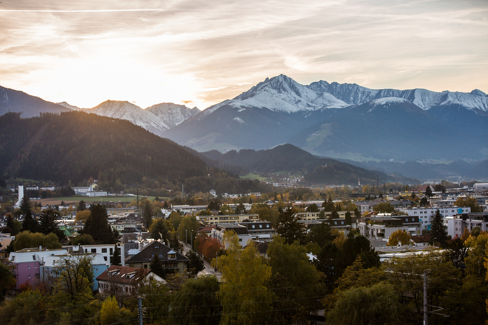 251015_fausko_innsbruck_downday_streetphoto_sunset_-8.jpg