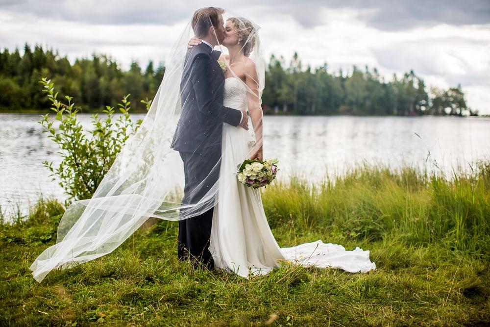 290815_fausko_holmenkollenkapell_øvresetertjern_lysebu_nina&kristian_bryllup-20.jpg