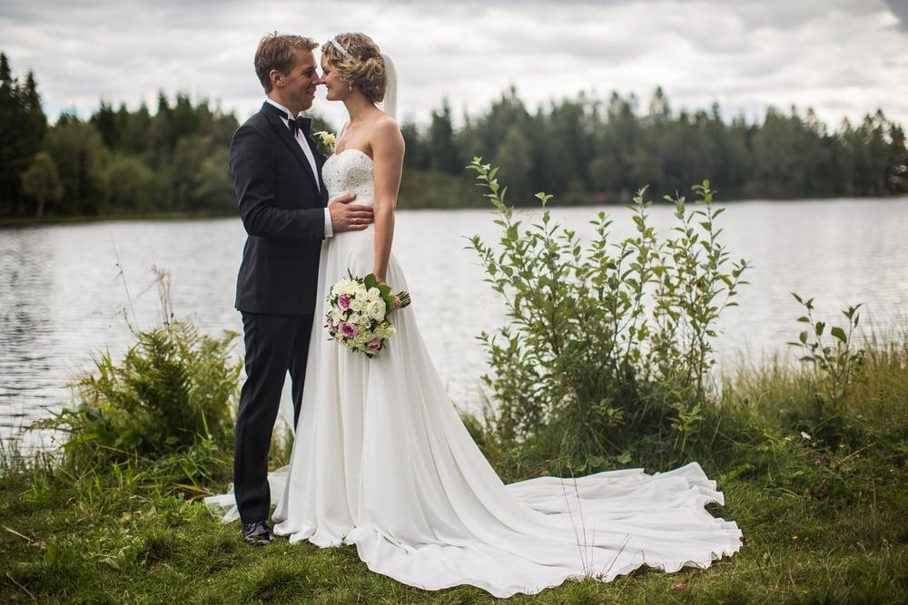 290815_fausko_holmenkollenkapell_øvresetertjern_lysebu_nina&kristian_bryllup-17.jpg
