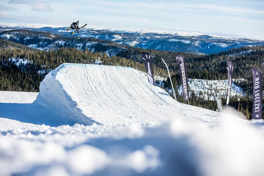 050316_fausko_vassfjellet_norfreeskicup_slopestyle_freeskiing_lifestyle-73.jpg