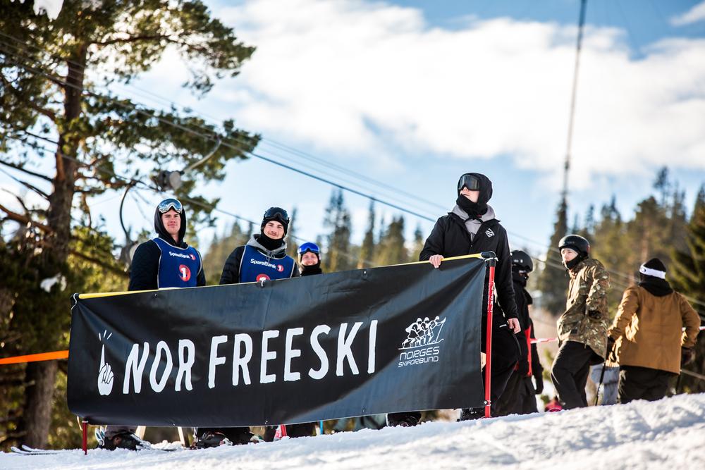050316_fausko_vassfjellet_norfreeskicup_slopestyle_freeskiing_lifestyle-67.jpg