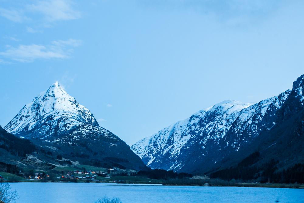 170416_fausko_vestlandet_roadtrip_volda_geilo_landscape-5.jpg