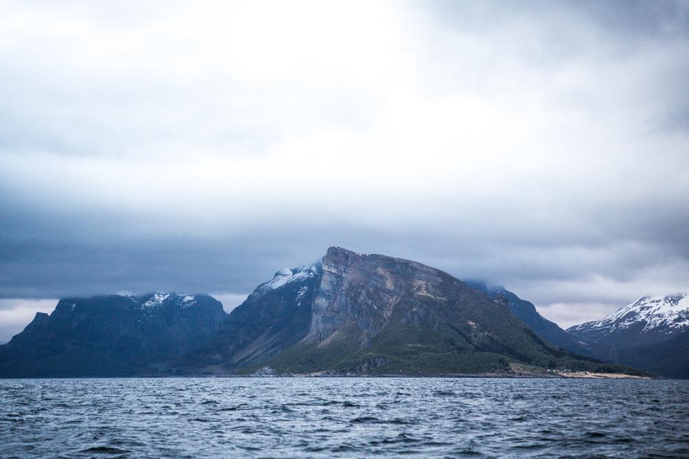 230516_fausko_lofotentravels_nordland_lillefugleøy_landskap_portrett.jpg