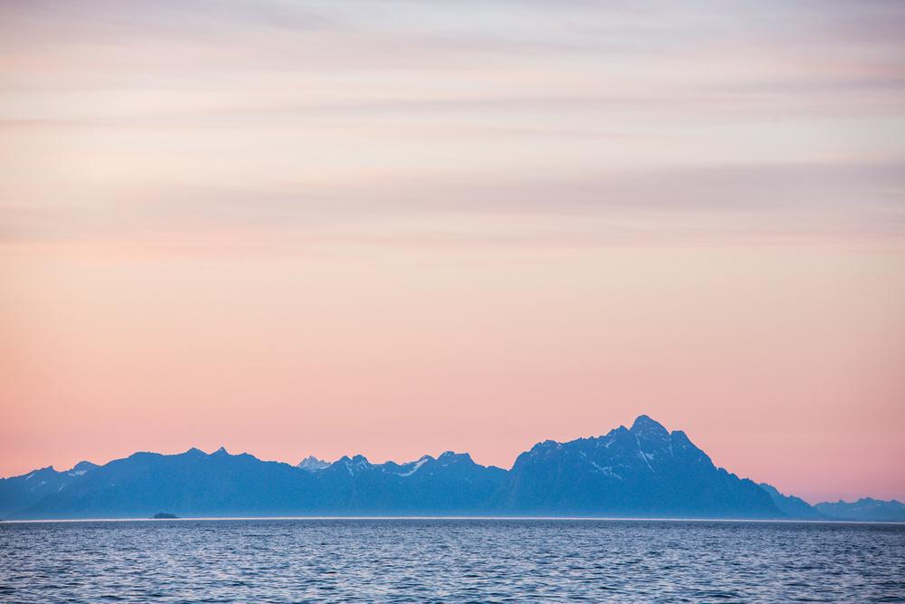 290516_fausko_lofotentravels_lofotveggen_henngingsvær_solnedgang_soloppgang_landskap_dokumentar_-10.jpg
