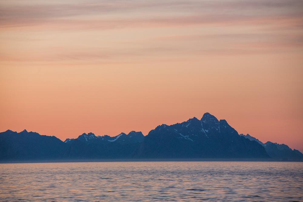 290516_fausko_lofotentravels_lofotveggen_henngingsvær_solnedgang_soloppgang_landskap_dokumentar_-12.jpg