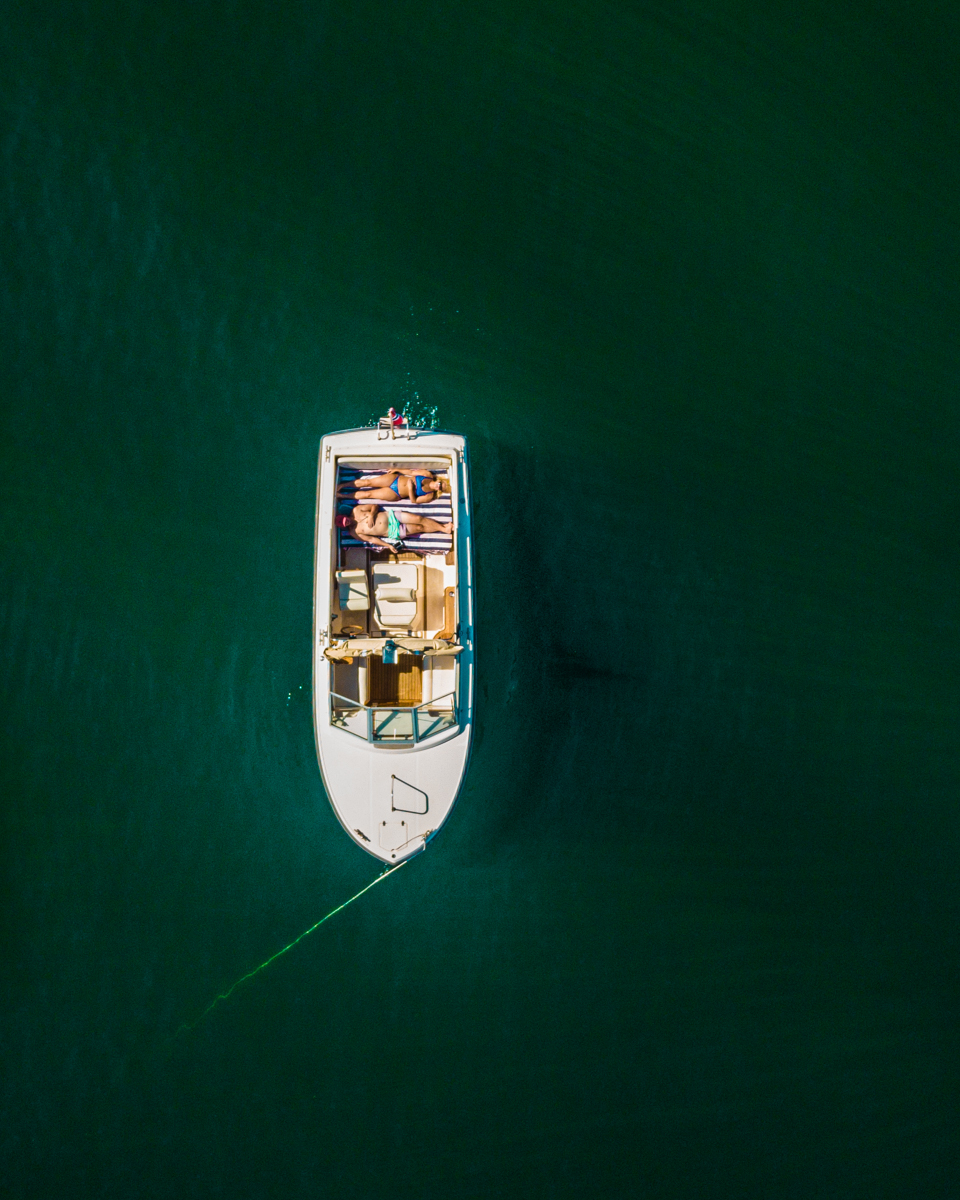 250818_fausko_oslo_oslofjorden_fjordterna_sommer_elin_drone_portrett-5.jpg