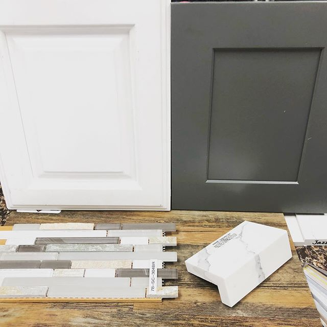 Picking materials for our next flip project. 👍 or 👎 what do you think? #flip #realestateinvestor #listing #modernliving #ires #openfloorplan #realtor #brokerlife #irescovina