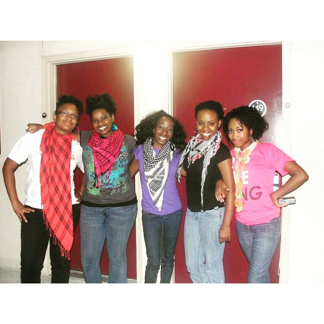 #TBT to when we thought it was Kool to wear scarfs in the summer!!!! We look SO confused. And @imdjkb looks like she got an entire picnic blanket coming from her neck! Hahaha! I LOVE IT! We were so young but ON FIRE fo' JESUS you hear me!? These cinder-lovely's have come a LONG way and are doing their thing in each of their areas of influence. Check them out and FOLLOW! #Level316 #6wayst #tbt #summer2009