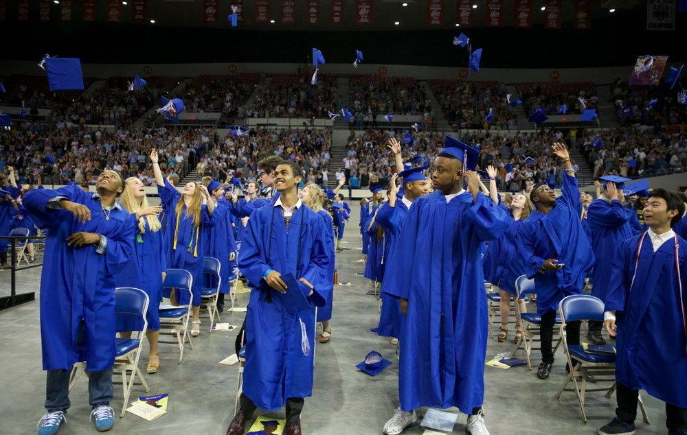grant-high-graduationjpg-0a04b6afdfe7a6c2.jpg