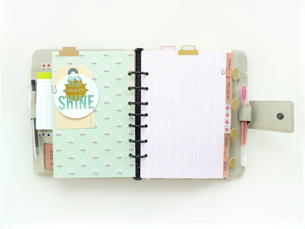 Analog Paper | Workspace | Planner Love | 001
