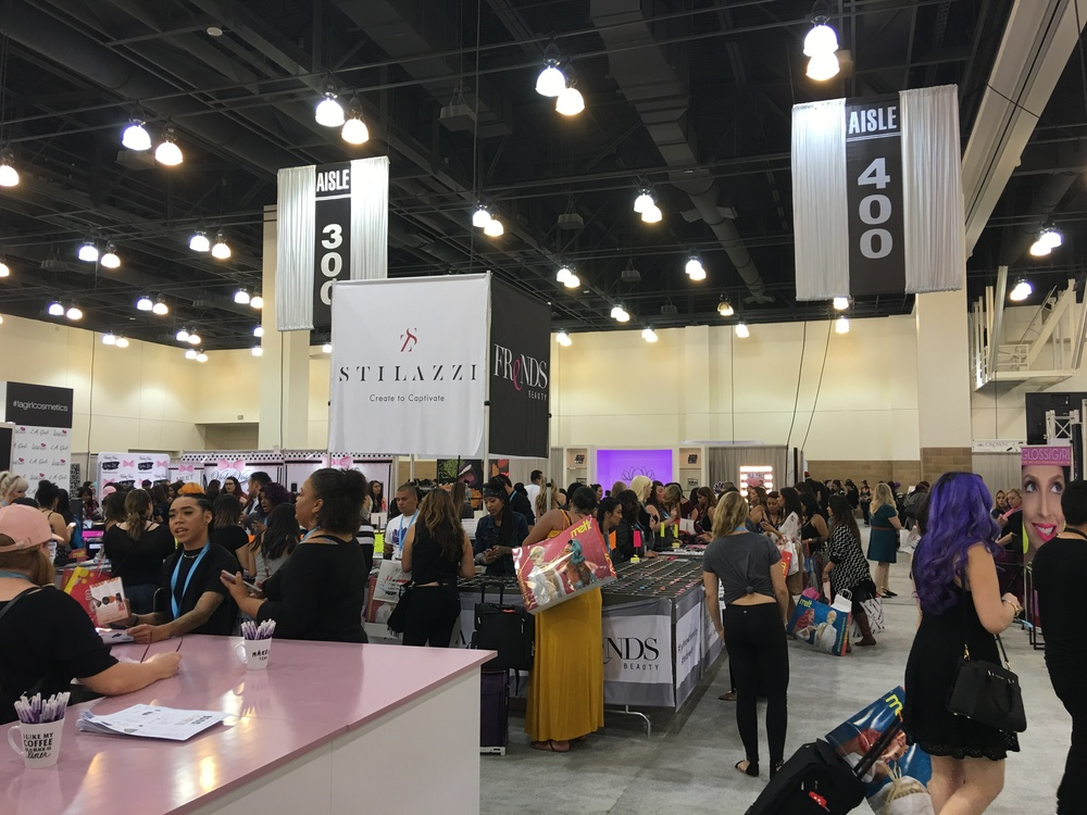 Frends Beauty Booth, PHAMExpo Los Angeles 2016