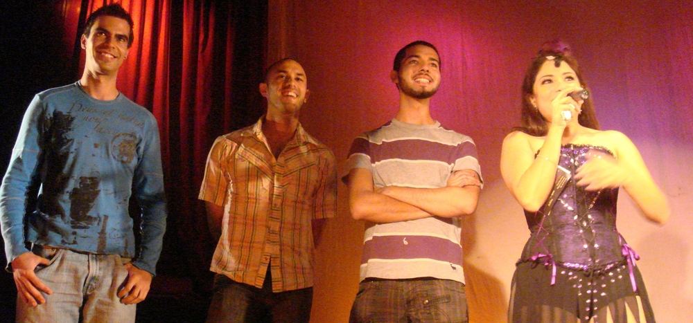 En el estreno de Juana's Soul. Rodrigo Flores López, Fernando Alatorre (Ferk), Vladimir Maislin, Vanessa Bauche (Teatro El Vicio, 2009)