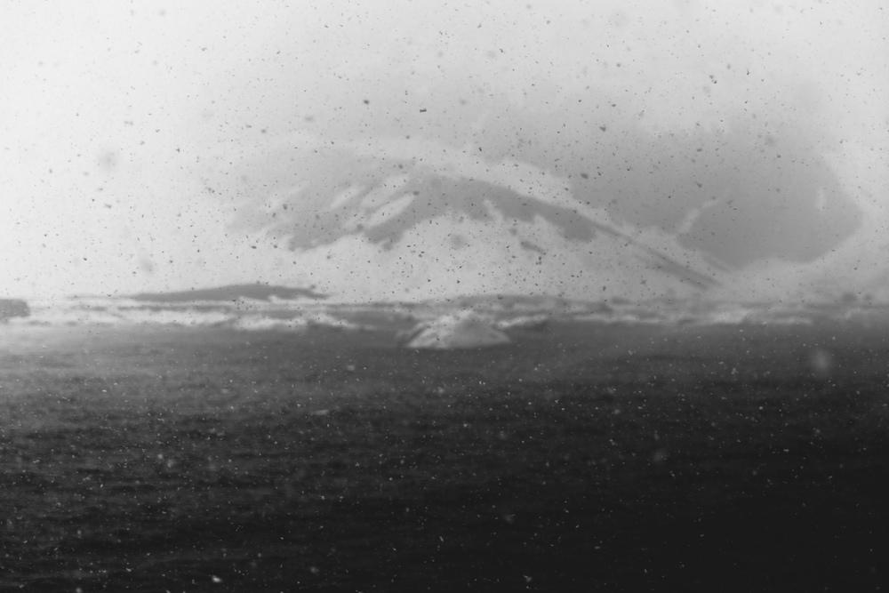 aqm-antartctica-noir-05.jpg