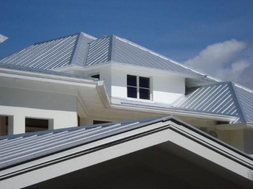 metal-roof-designs-2-510x382.jpg