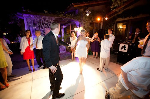 Santa Barbara Wedding DJs: Wedding Dance Party