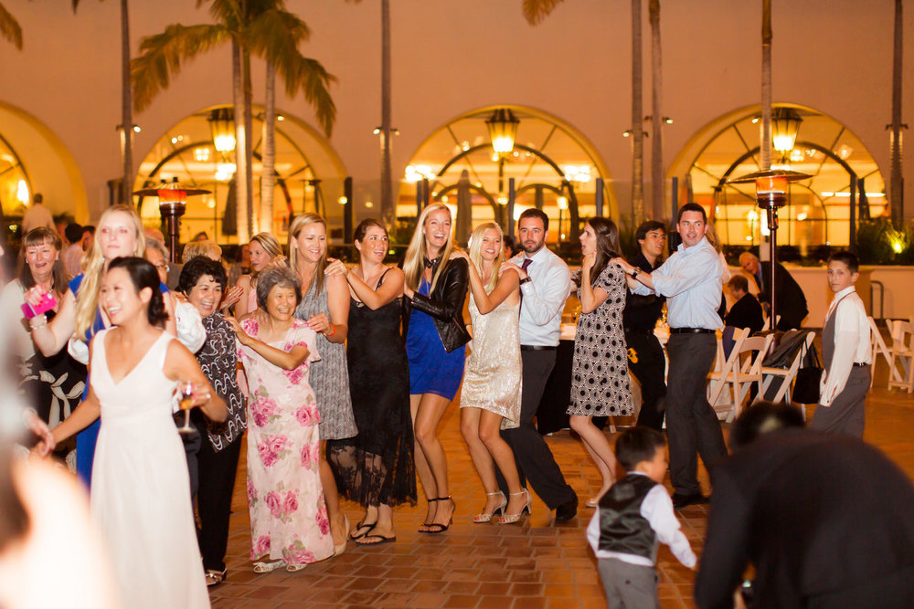 Santa Barbara Wedding DJs: Dance floor rentals