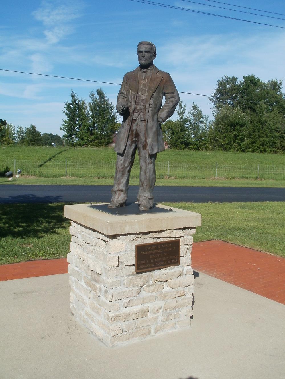 Veterans Home Statue.jpg