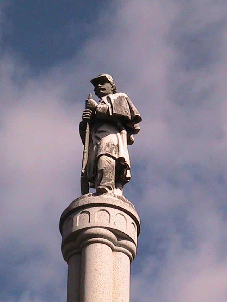 Ripley Statue.jpg